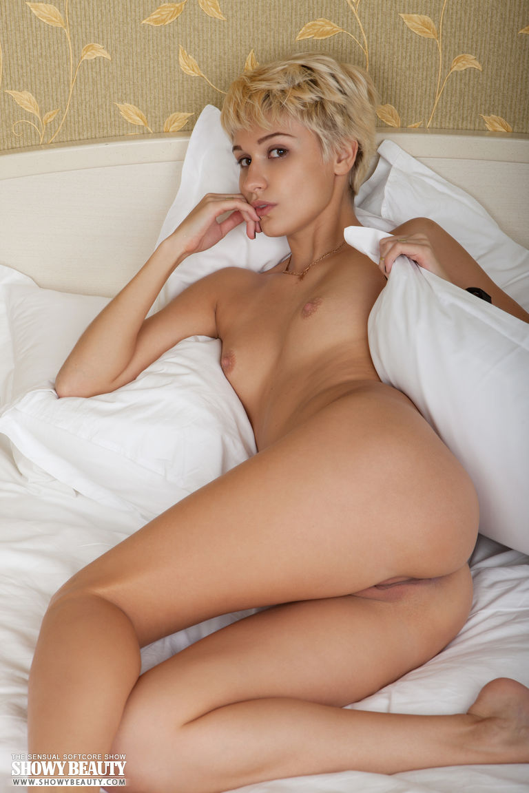 short hair blonde nude ass