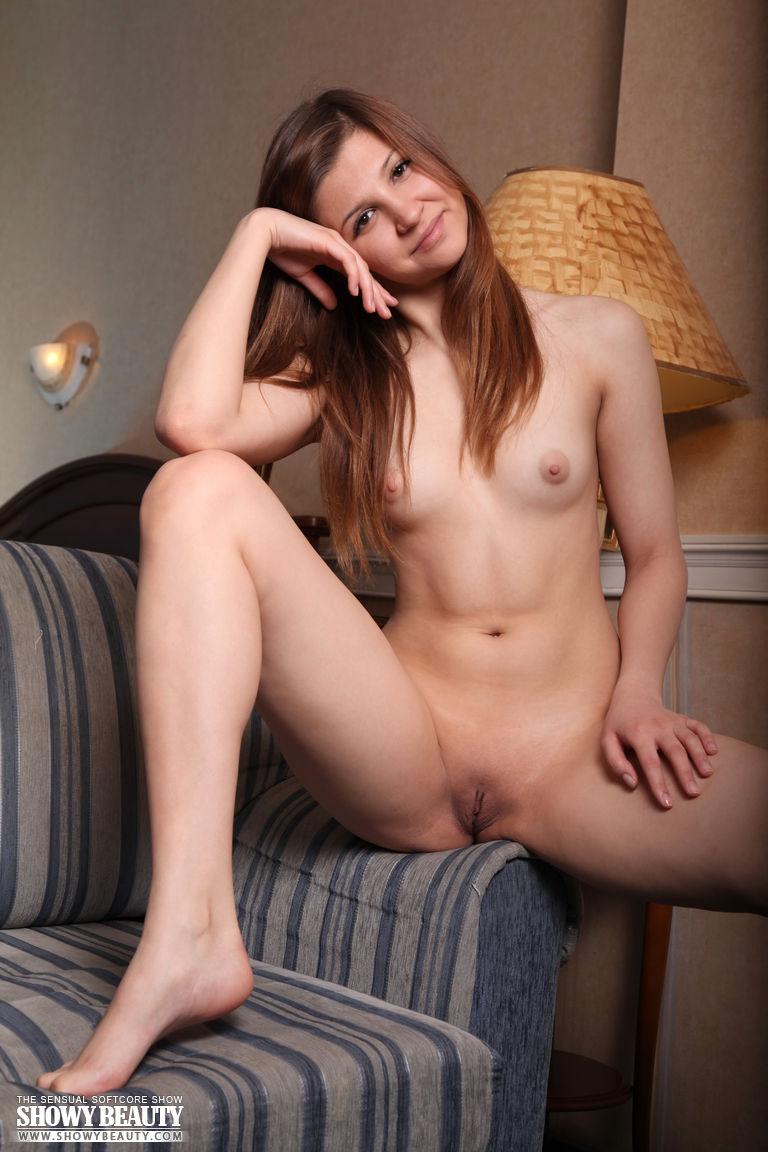 ameteur naked girls with braces