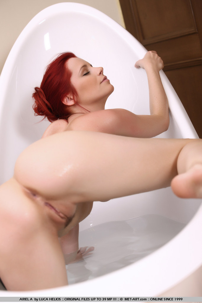 Nubile beauty with great body forms human pyramid with two cocks in hotel bed 10