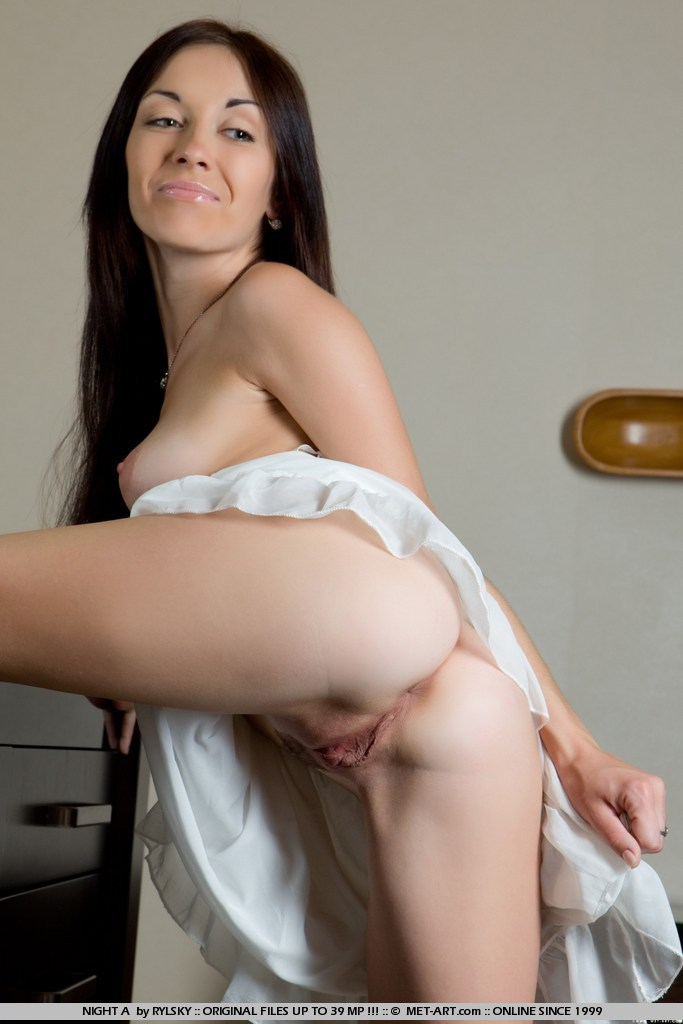 Teen porn girls girls mirta gets a