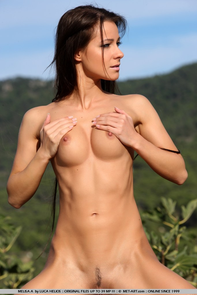 Hot girl strips in the grocery store 6